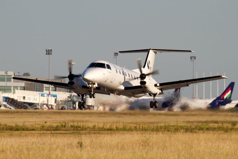 EMBRAER EMB120 Brasilia Budapest Aircraft Service (2)