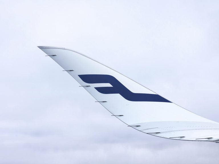 Finnair_A350_detail_winglet